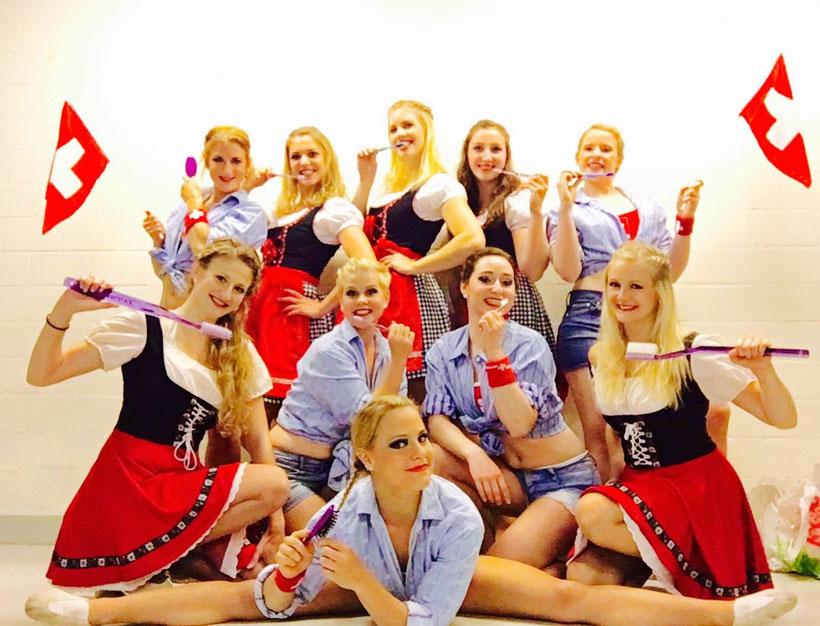 Swissness Tanzgruppe für Trisa