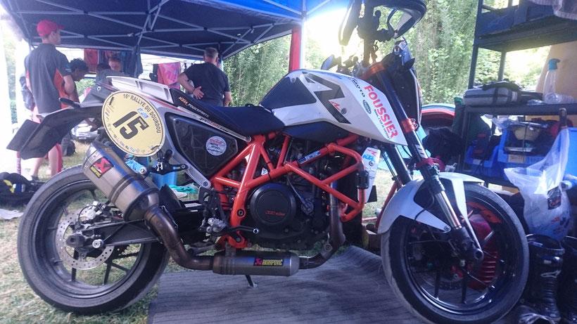 La moto est prête, y a plus qu'à aller sur les spéciales !