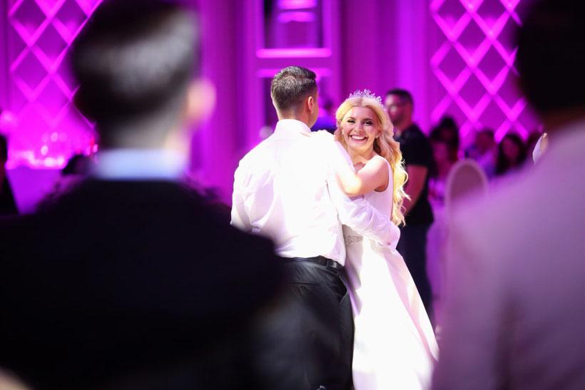 Hochzeitstanz / Braut & Bräutigam / Heiraten & feiern