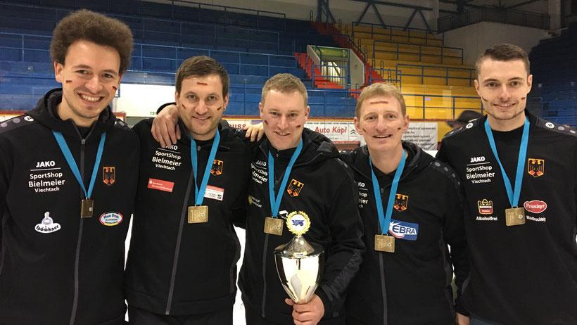 Bronze für Matthias Peischer (Penzing), Christoph Öttl (Zell), Martin Kamml (Surheim), Andi Greil (Aiterhofen) u. Marcel Nachlinger (Grub)