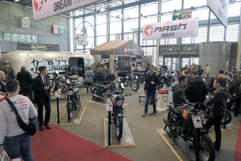 Stand Mash au dernier salon de la moto à Paris
