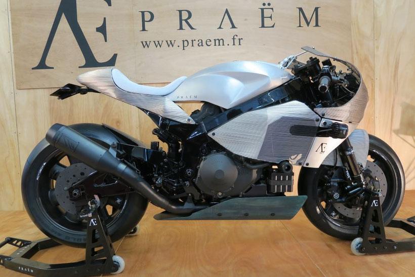 Praëm, moto française haut de gamme développée autour d'un moteur de Honda VTR 1000 SP2