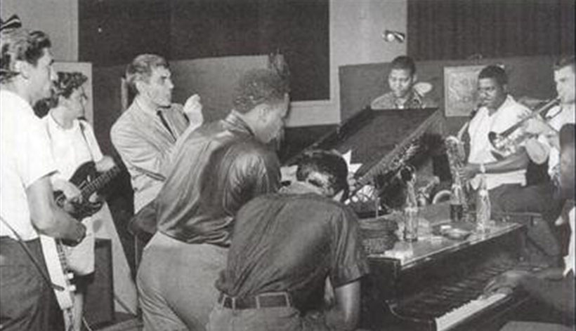 the Funky Soul story - The Stax crew during the recording of Otis Blue