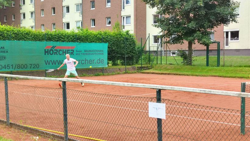 Bernd Kondziella im Match gegen Günter Hennecke