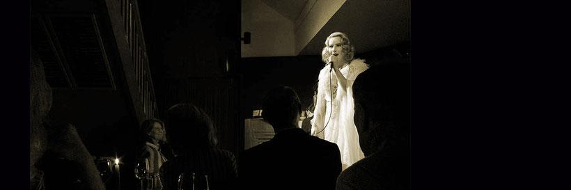 »In der Bar zum CROCODIL« - © Silke Winkler
