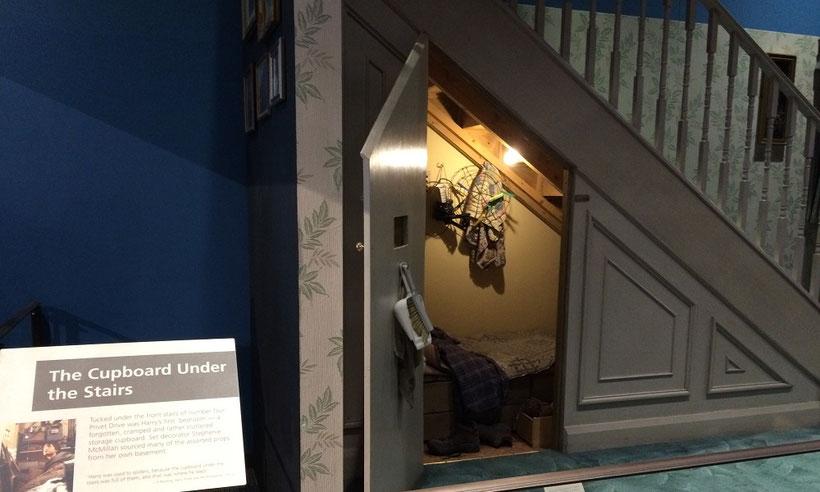 Harry Potter Studio Tour, der Schrank unter der Treppe