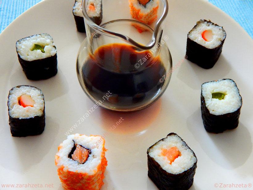 Sushi mit Teriyaki-Soße