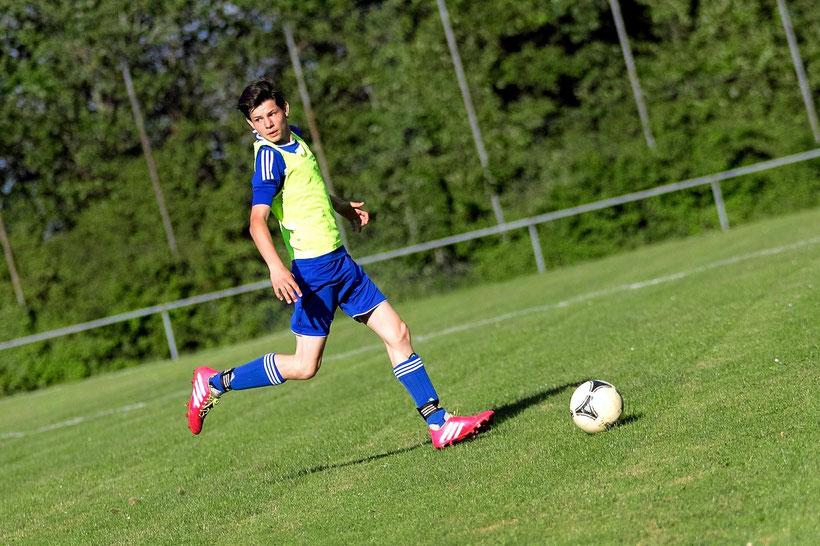 Fest entschlossen: T.Schneider möchte mit seinen Teamkollegen den TSV 2000 Rothenburg gebührend empfangen und für eine kleine Überraschung sorgen.