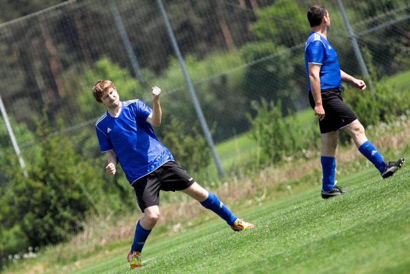 Vogelschiss: Das sollten die zukünftigen Gegner der SG haben. Steffen Vogel ist on fire und erzielte gegen Burgbernheim II den erste Treffer der Partie.