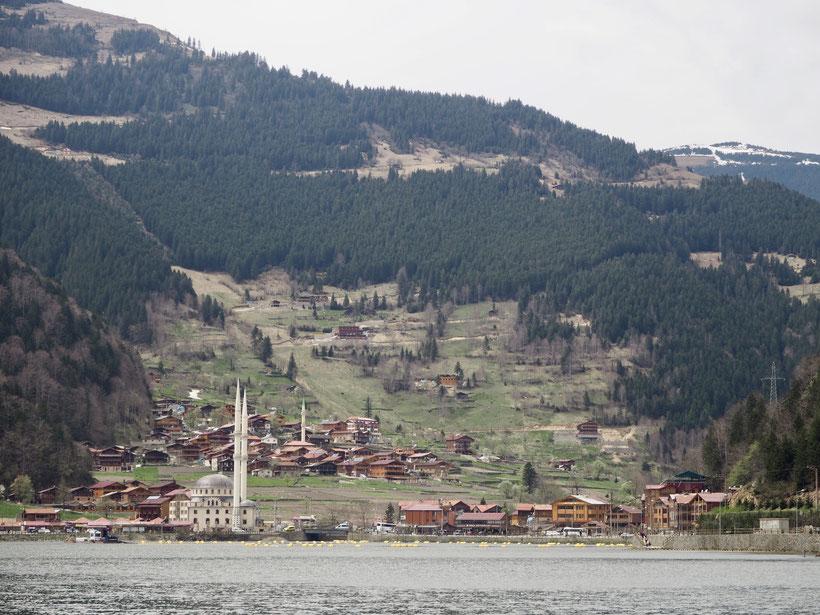 Uzungöl - wie in der Schweiz, nur mit Moschee