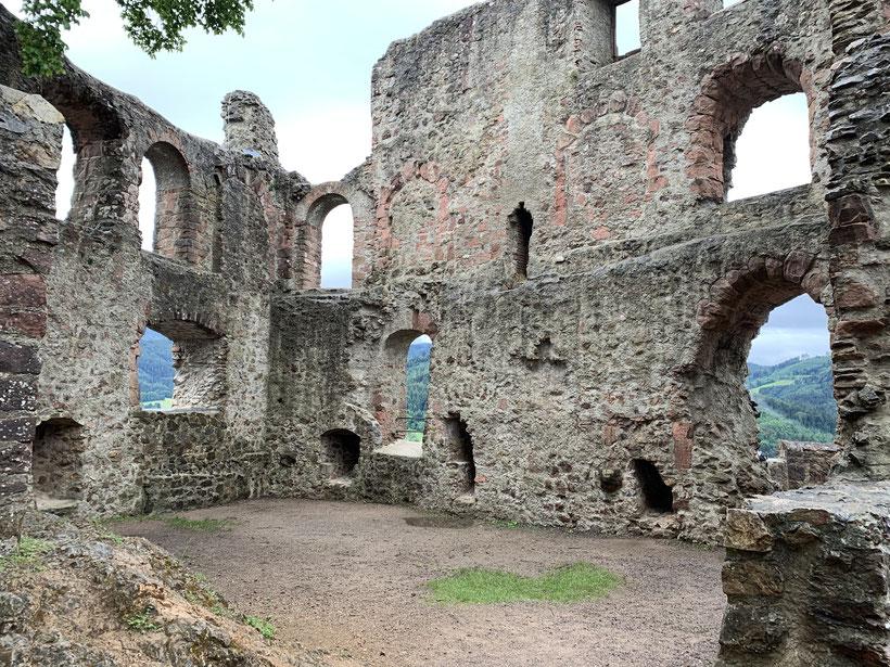 Ruine Kastelburg bei Waldkirch im Schwarzwald