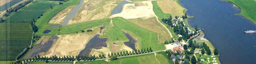 Natuurontwikkelingsproject Beusichem in uitvoering (luchtfoto Rijkswaterstaat, 11 juli 2002