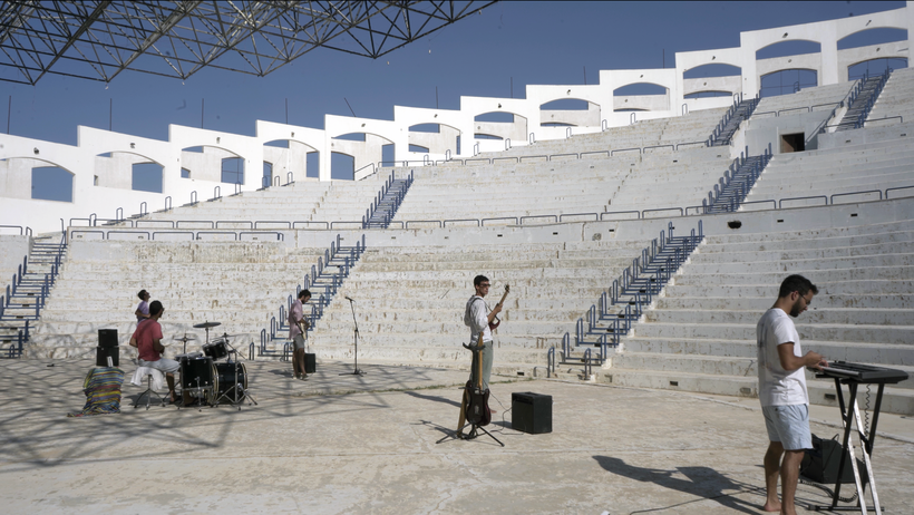 Sublunary, Live, Abandoned Roman Theatre, rockers and other animals