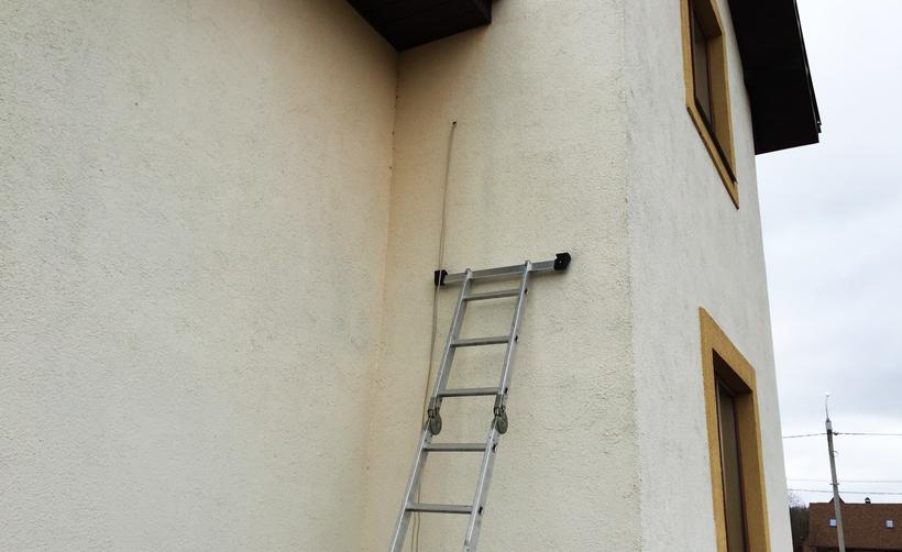 Утепленный фасад. Подготовка, для установки спутниковой антенны