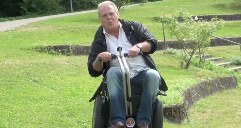 Wheelchair self balancing Rollstuhl-Segway Apache Willi Lang