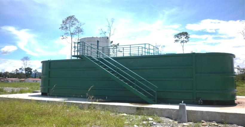 Planta de tratamiento de aguas residuales compacta para hoteles - Aqualimpia