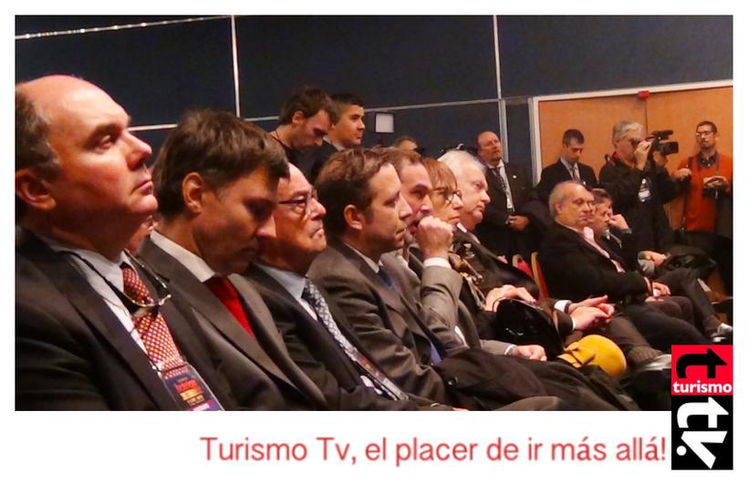 Hotelga 2015, Ignacio Crotto, Hernán Lombardi , Patricia Vismara y otros en el acto de inauguración  Turismo Tv, Televisión Turística