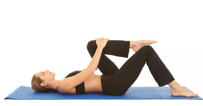 lower back exercises knee to chest stretch