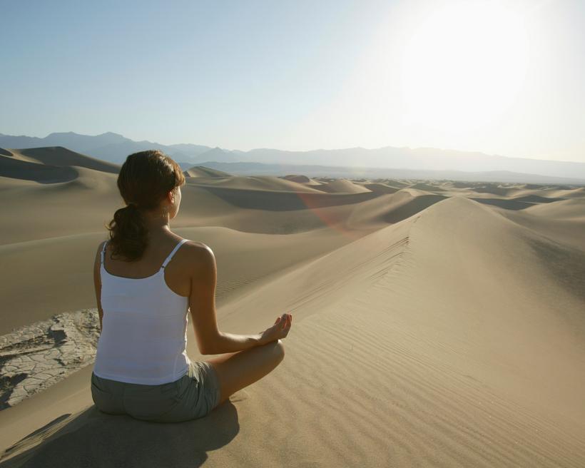 Méditation désert Maroc