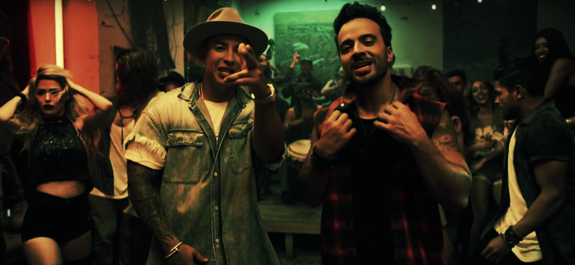 "Luis Fonsi e Daddy Yankee nel video di ""Despacito"""