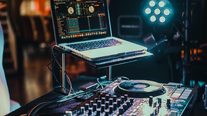DJ Jan für eine grandiose Party, DJ in Göttingen, exklusive Party