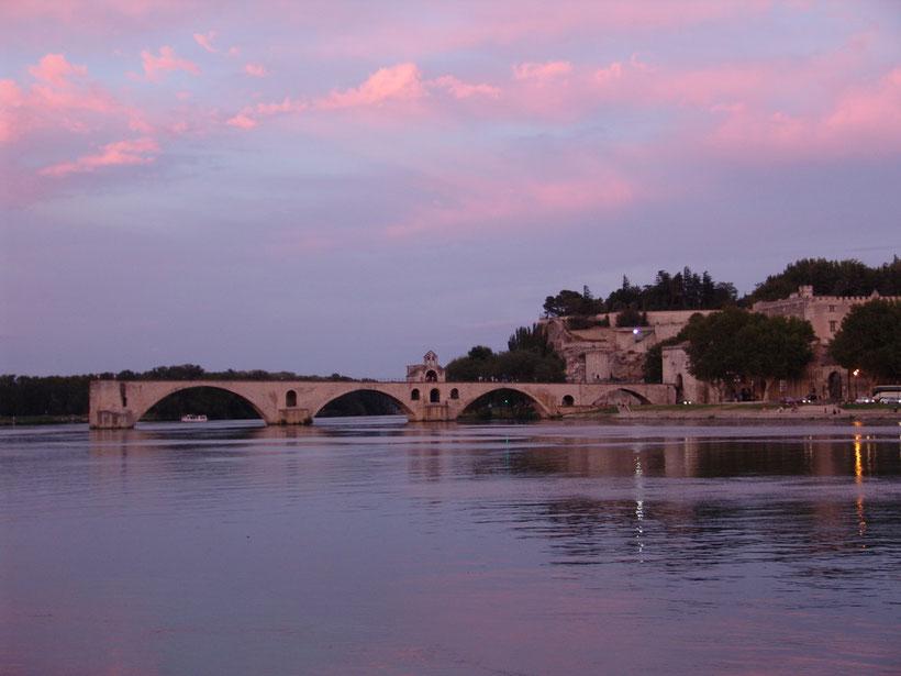 Pont St. Bènèzet, die Brücke von Avignon