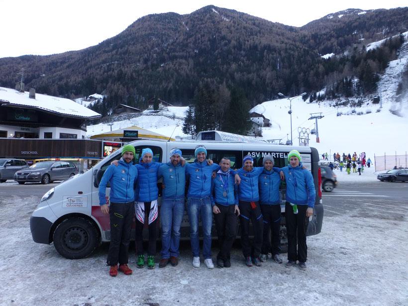 Die Eckdaten des 9. Skialprace: drei Runden á ca. 530 Höhenmetern, mit jeweils zwei Aufstiegen, einer Tragepassage und zwei Abfahrten, auf ca. 5 Kilometer, gab es zu bewerkstelligen.