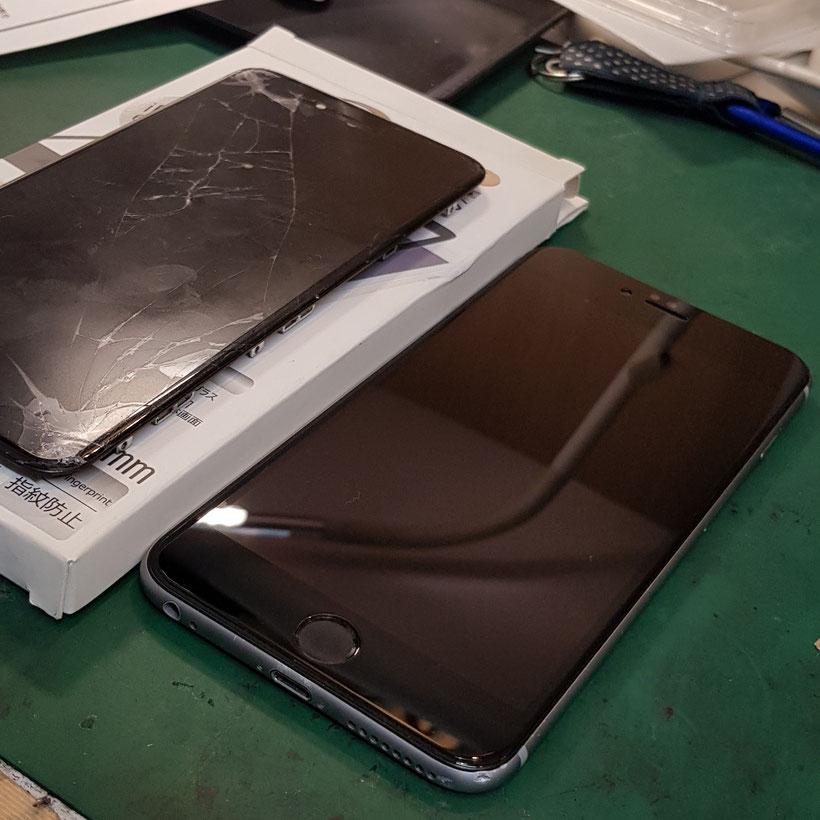 iPhone画面修理後にガラスフィルムを取付け