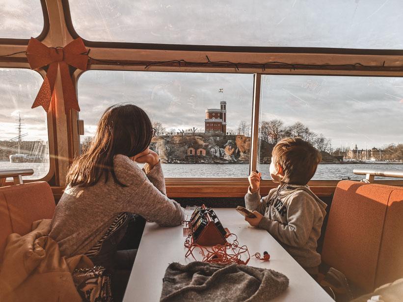 Bootsfahrt Stockholm Kind