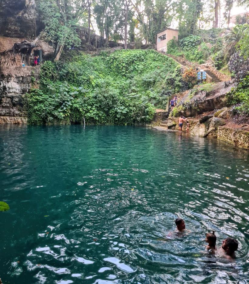 Cenote Zaci Valladolid Kleinkind Kind