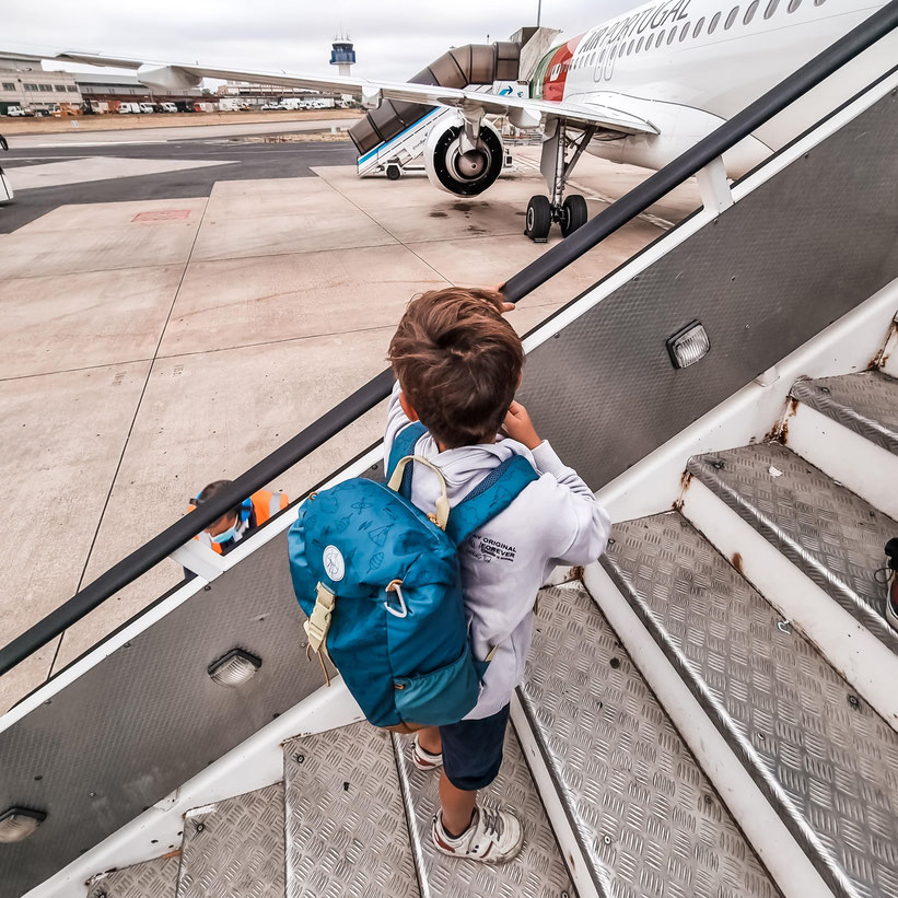 Flug Wien Sao Miguel Azoren Kleinkind Kind Familie