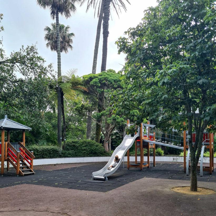 Jardim Antonio Borges Spielplatz Ponta Delgada Baby Kleinkind Kind
