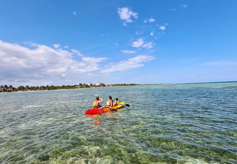 Kanu fahren in der Bucht von Mahahual