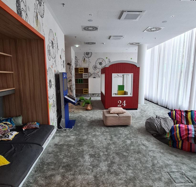 Spielbereich im Erdgeschoss des Hotel