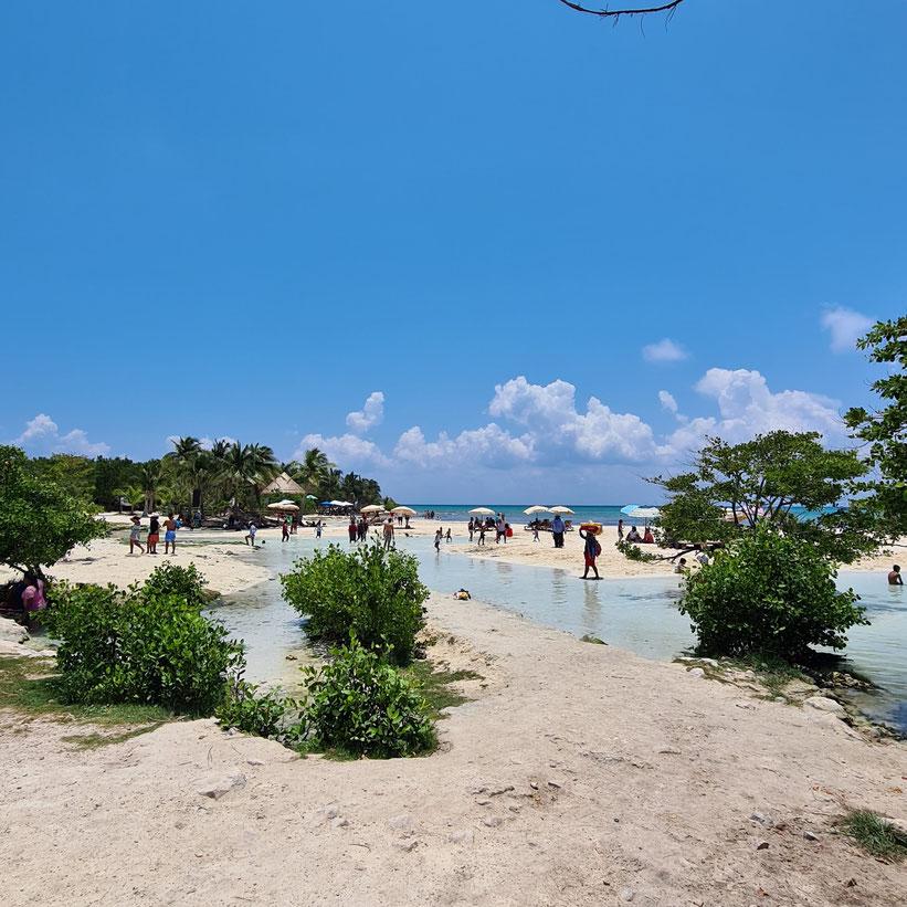 Playa Esmeralda Playa del Carmen Kleinkind Kind