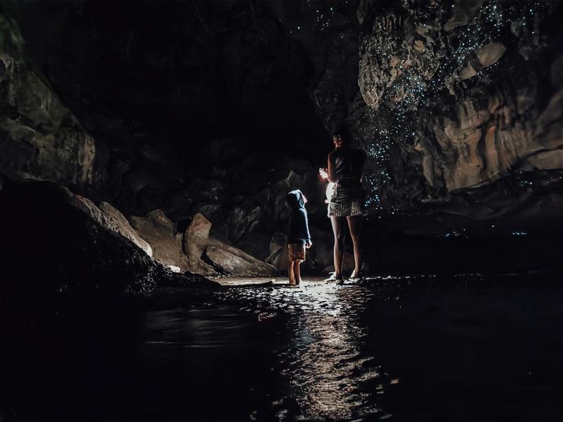 Glühwürmchen-Höhle Neuseeland Kind Baby