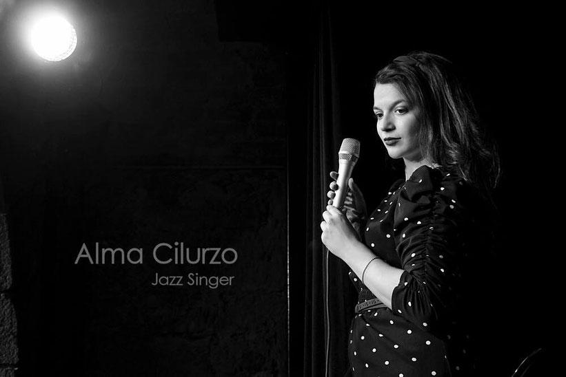 Alma Cilurzo Hey You Alma Chili Song Sängerin aus Luzern