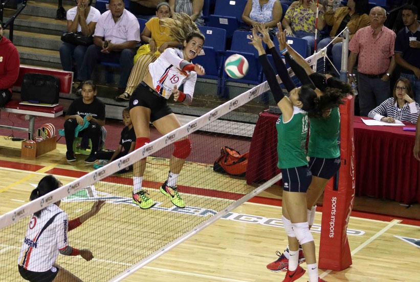 Paulina Prieto fue la mejor en la ofensiva ganadora de las Valencianas de Juncos / Foto por Heriberto Rosario Rosa