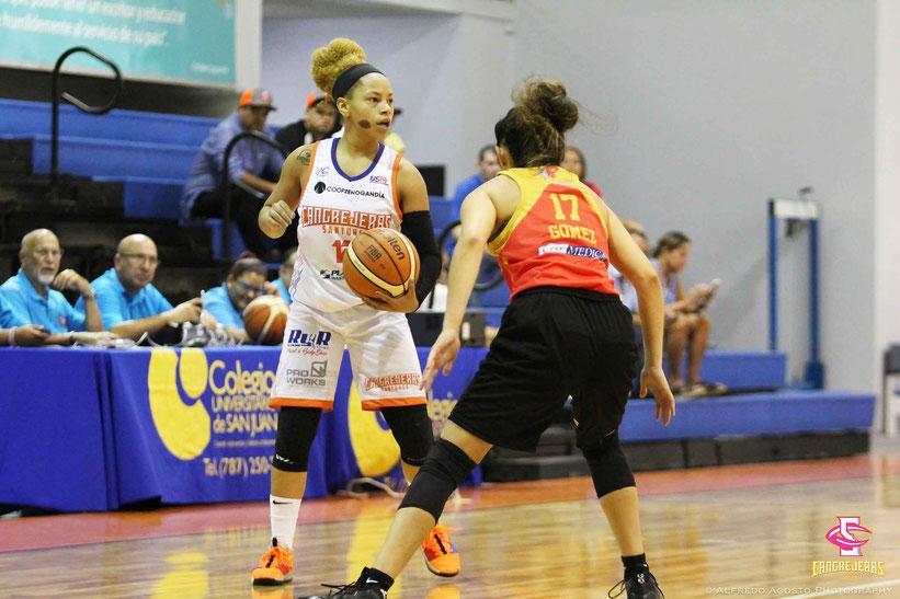 Dayshalee Salamá de las Cangrejeras fue la más destacada con 30 puntos /  foto por CANGREJERAS BSNF