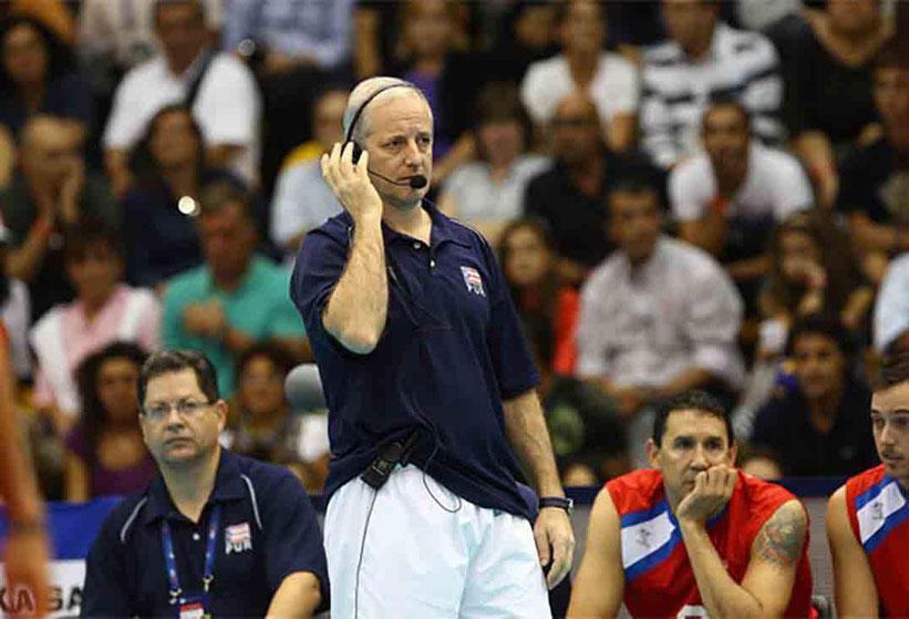 El técnico Carlos Cardona llevará la voz cantante en los seminarios / foto por Norceca