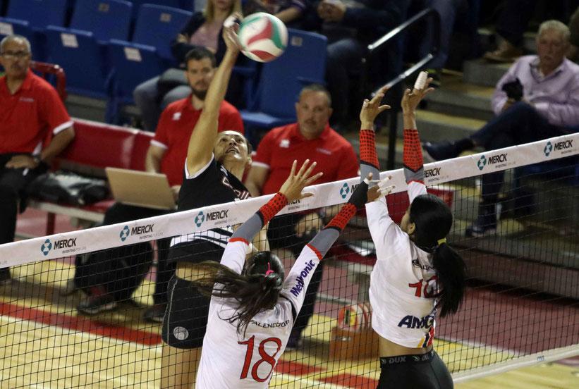Oneida Gonzalez fue la bujía principal en la ofensiva por Caguas en su victorias sobre Juncos / Foto por Heriberto Rosario Rosa