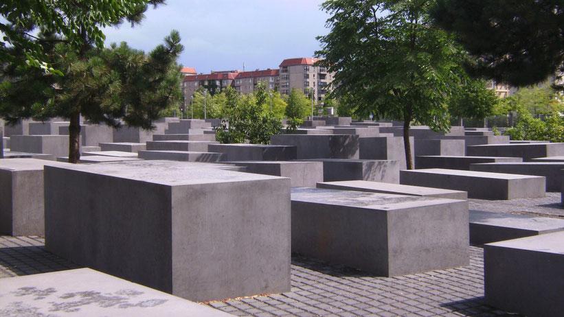Holocaust Mahnmal und Topografie des Terrors in Berlin