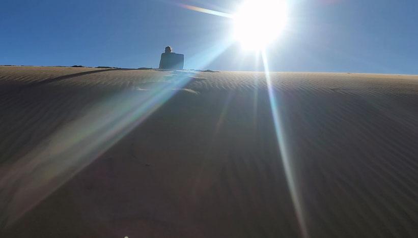 Sandboarding in der Namib-Wüste, Namibia