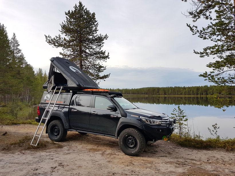 Toyota Hilux 2016 2017 2.4 Revo N80 #ProjektBlackwolf wolf78-overland.ch Welstalpen off road asseccoires tires AFN4x4 Rival4x4 Frontbumper Alu-cab Frontrunner outfitters Horntools Rival James Baroud BFGoodrich TJM wolf78 sirio sirtel cb antenna schweiz
