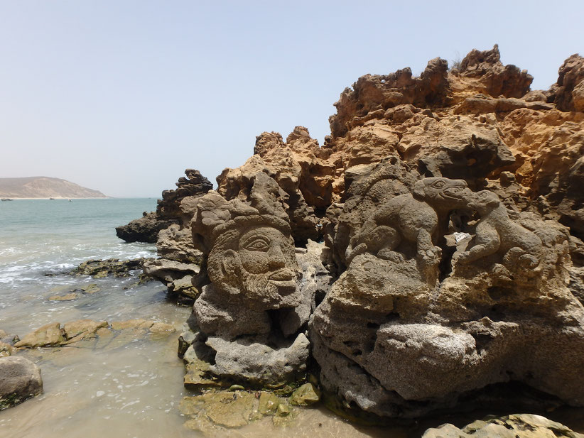 Popenguine rock carving beach