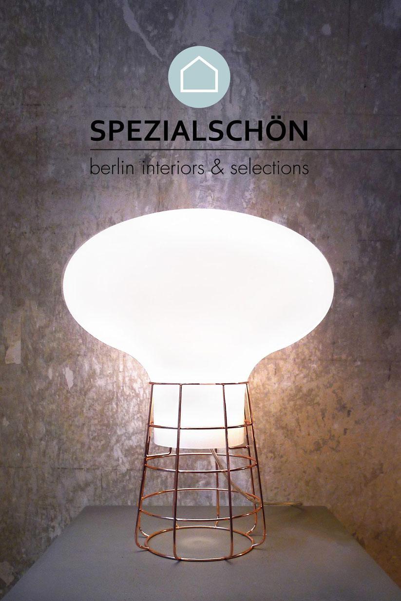 Raumlicht, Glaslampe, Bodenlampe, Ambientelicht, Diffuses Licht, Mondlicht, Opalglas, Kupferlampe, Pilzlampe, Stehlampe, Tischlampe, Tischleuchte, Designlampe, Spezialschön, Lichtobjekt