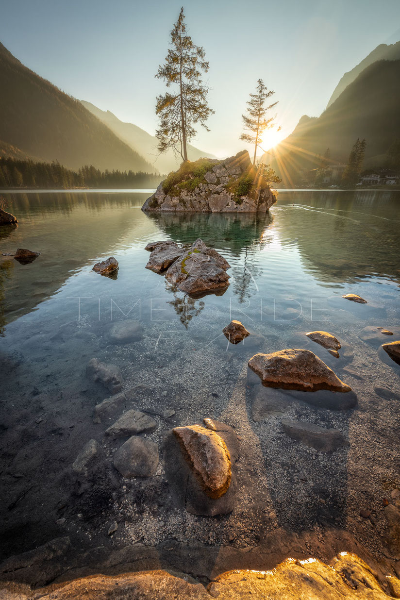 Golden Island | Die goldenen Insel | Hintersee | Germany | Beautiful evening light at the Hintersee in Bavaria | Landschafts- & Naturfotografie | Landscape & Nature Photography