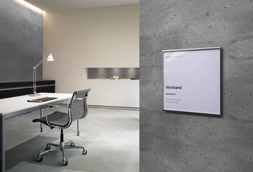 Das Türschild bzw. Raumschild im großzügigen Vollformat für das Büro
