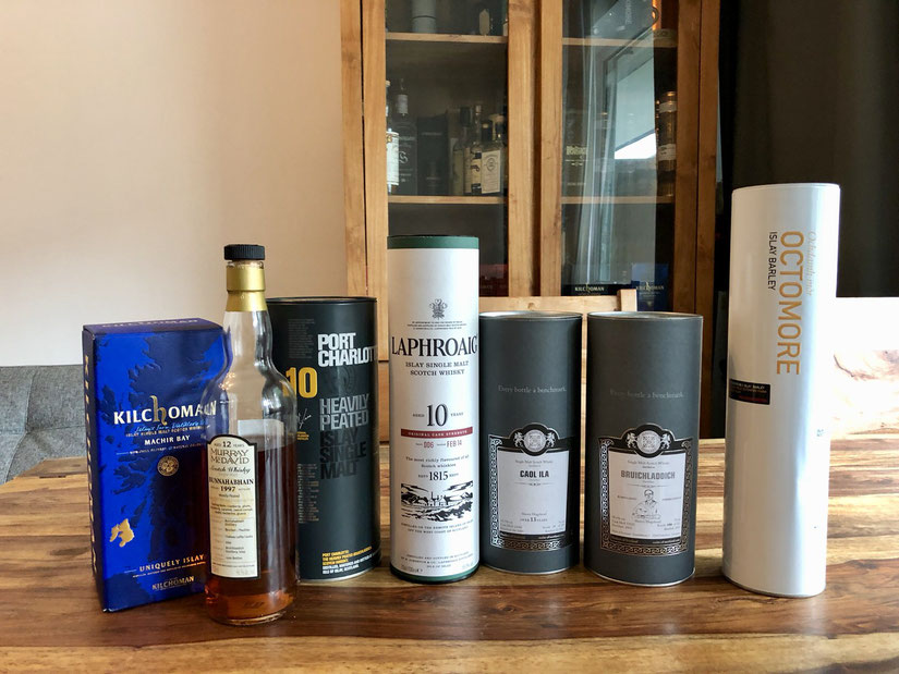 Kilchoman Machir Bay, Bunnahabhain 1997 12 Years, Port Charlotte Heavily Peated 10 Years, Laphroaig Cask Strength 10 Years, Caol Ila Sherry Hogshead 13 Years,  Bruichladdich Robin Lang Edition, Octomore