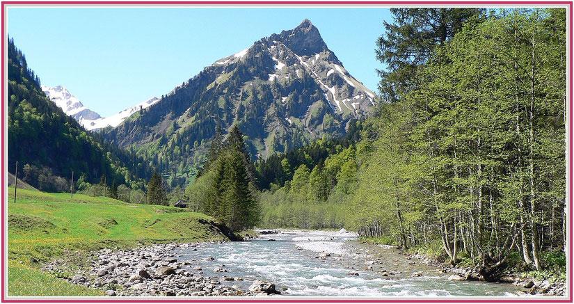 Ostrach nahe Kapelle mit Blick auf den Giebel, Bad Hindelang, Allgäu